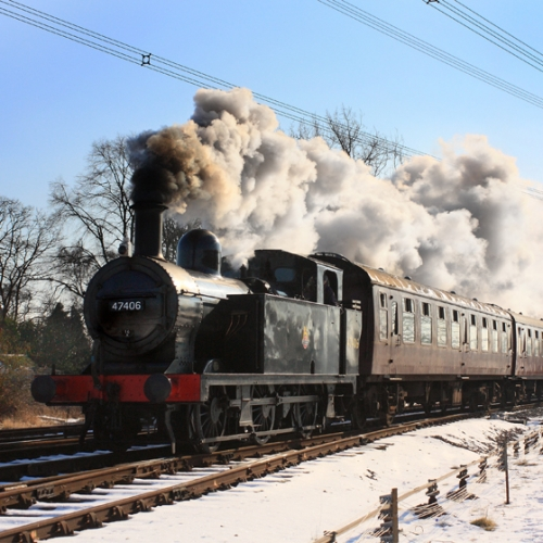 No 47406 in winter on the Great Central Railway in Leicestershire