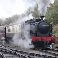 drive the avon valley railway Robert Stephenson Hawthorn 0-6-0T No.7151